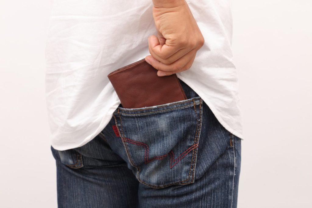 パーツモデル 財布 ポケット